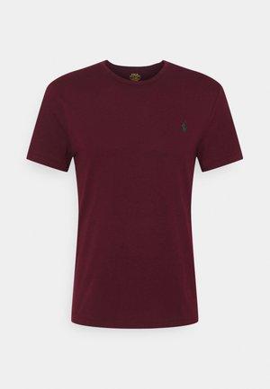 CUSTOM SLIM FIT JERSEY CREWNECK T-SHIRT - Basic T-shirt - classic wine