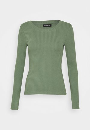 Long sleeved top - green