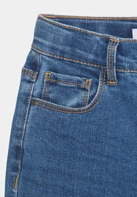 Name it - NKFROSE DNMCEC MOM PANT - Relaxed fit jeans - medium blue denim - 2