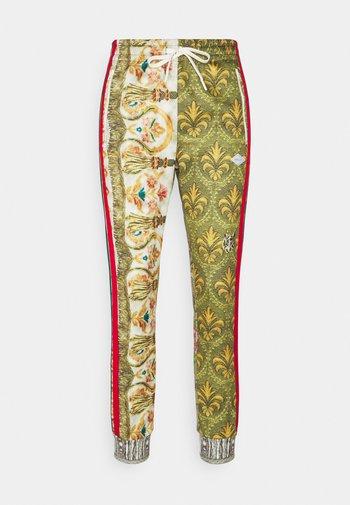 PANTS - Pantalones deportivos - red/green/multicolor