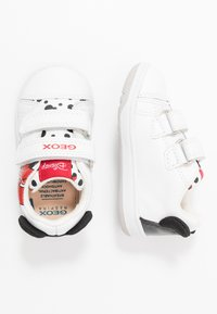 Geox - DISNEY NEW FLICK GIRL - Trainers - white - 0