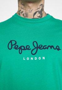 Pepe Jeans - EGGO  - T-shirt med print - emerald - 3