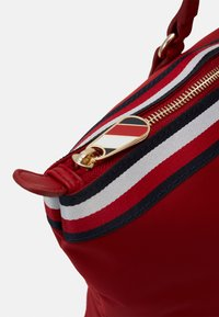 Tommy Hilfiger - POPPY TOTE CORP - Tote bag - red - 3