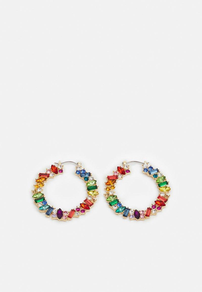 Pieces - PCCAMMI HOOP EARRINGS - Korvakorut - gold-colored