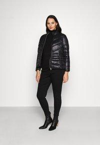 Vero Moda Curve - VMSORAYASIV SHORT JACKET CURVE - Light jacket - black - 1