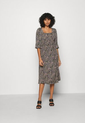 PCKIKI MIDI DRESS - Day dress - black/purple