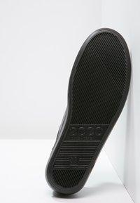 ECCO - SOFT 2.0 - Sneakers laag - black - 5