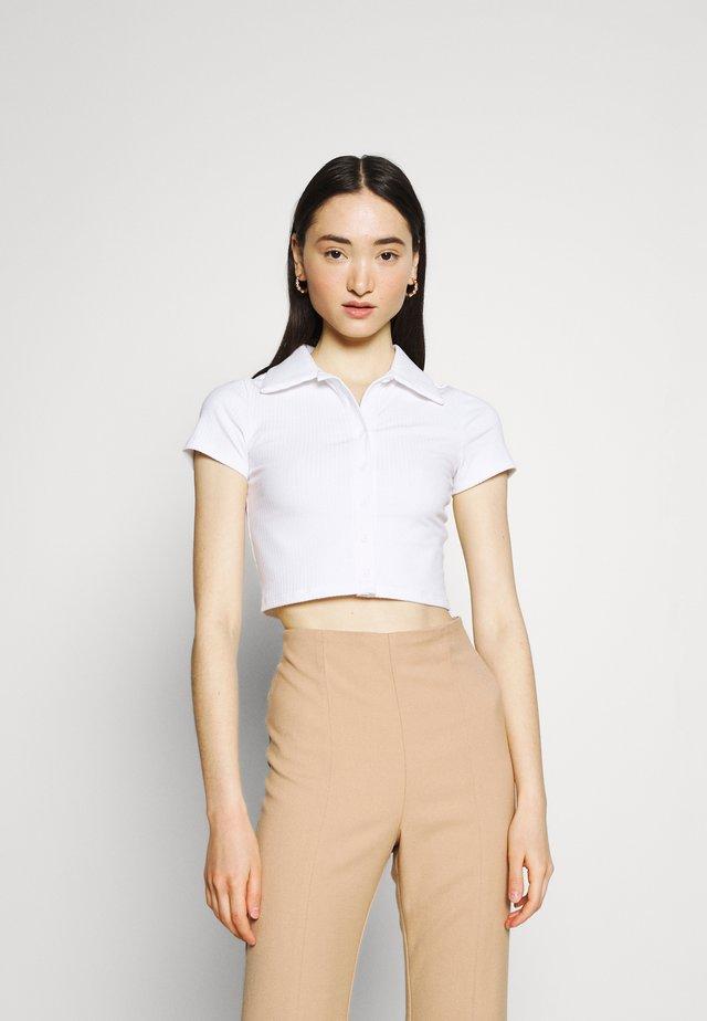 GLAMOROUS CARE CROP - T-shirt basic - white