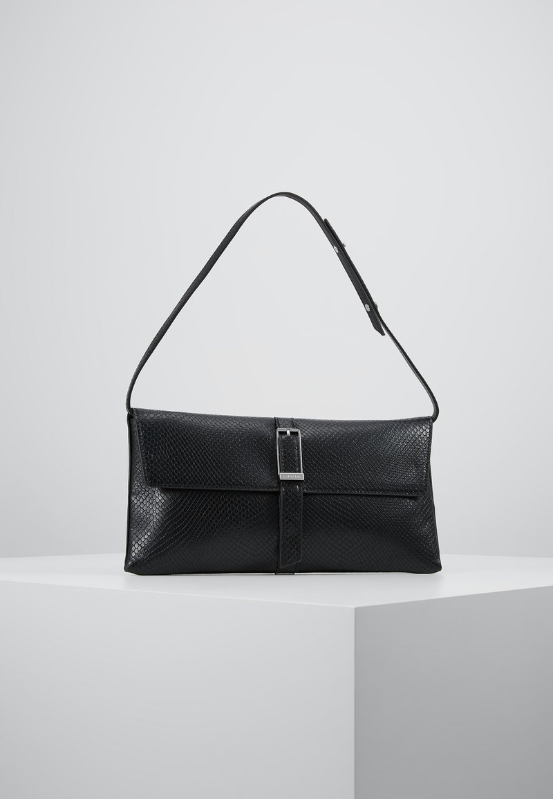 Calvin Klein - WINGED SHOULDER BAG - Käsilaukku - black