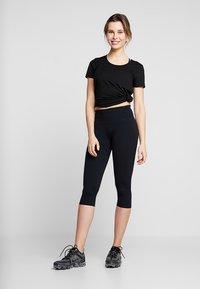 Cotton On Body - ACTIVE CORE CAPRI - 3/4 sports trousers - black - 1