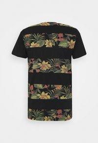 INDICODE JEANS - EPSLEY - T-shirt print - black - 6