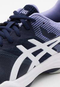 ASICS - GEL TACTIC - Volleyball shoes - peacoat/white - 5