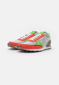 Nike Sportswear - DBREAK-TYPE M2Z2 UNISEX - Trainers - photon dust/team orange/mean green/sail/black - 1