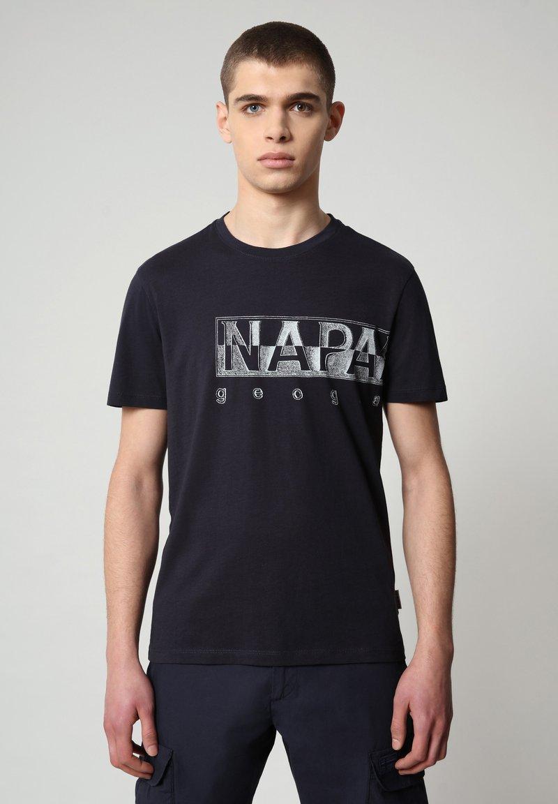 Napapijri - SALLAR LOGO - T-shirt med print - blu marine