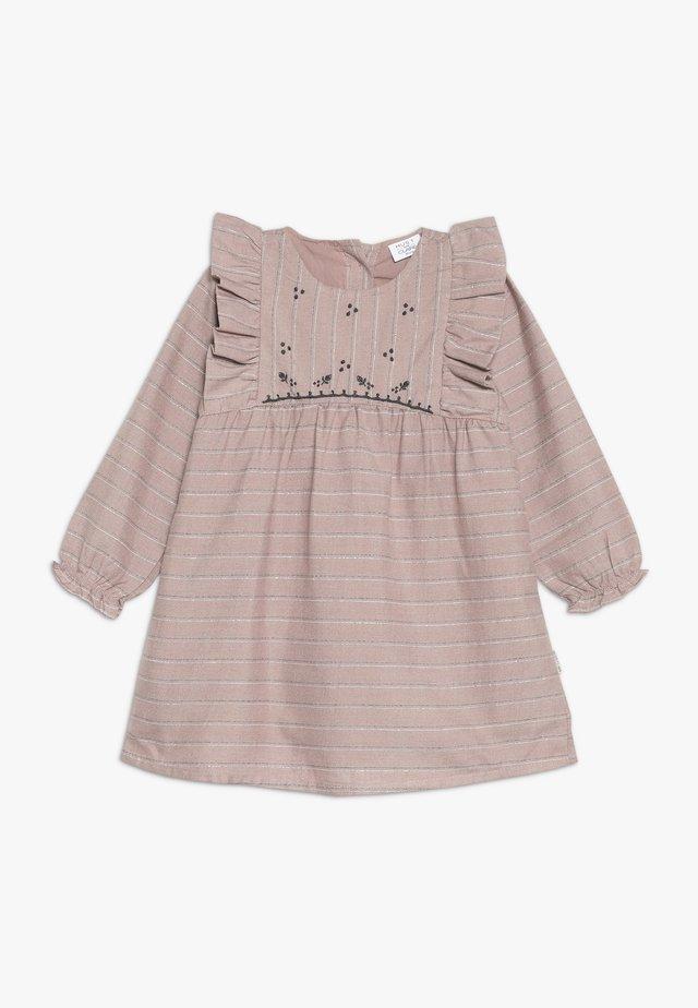DITTEN DRESS - Vapaa-ajan mekko - shade rose