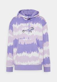light purple/multicolor