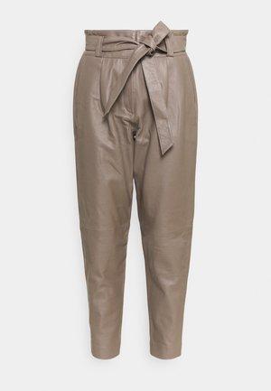 BELINDA - Leather trousers - dove