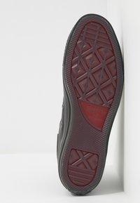 Converse - CHUCK TAYLOR ALL STAR - Höga sneakers - almost black - 4