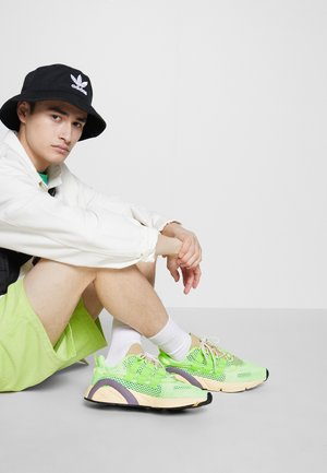 LXCON - Trainers - signal green/solar yellow