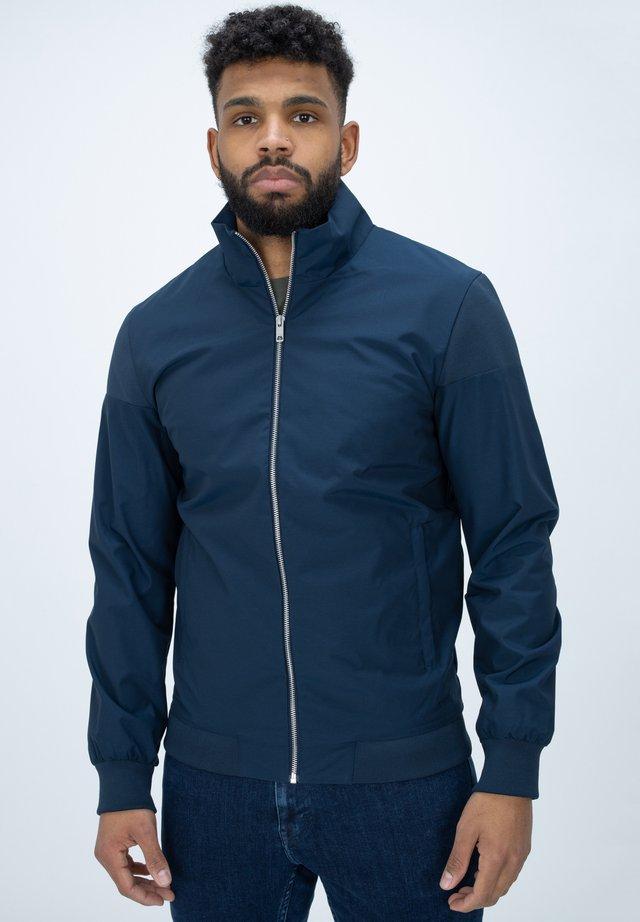 ROBERT - Waterproof jacket - navy
