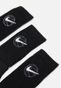 Nike Performance - EVERYDAY CREW 3 PACK - Sports socks - black/white - 2