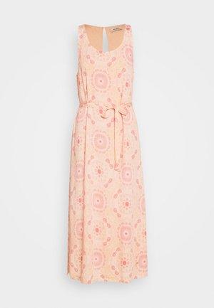MERRIN VISSA DRESS - Maxi šaty - pink
