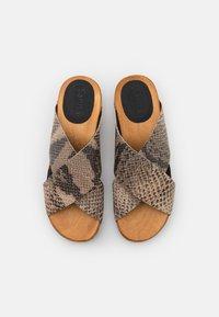 Sanita - WOOD SASKIA SPORT FLEX  - Clogs - beige - 5