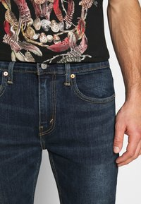 Levi's® - 502™ TAPER HI BALL - Jeans Tapered Fit - med indigo - 5
