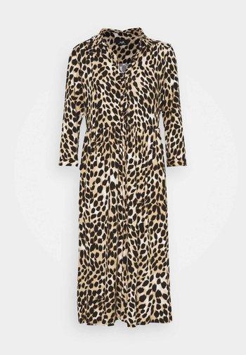 ANIMAL SHIRT DRESS