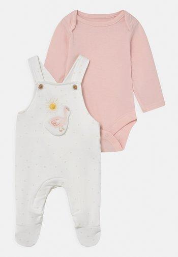 BABY DUNGAREE SET - Lacláče - pink mix