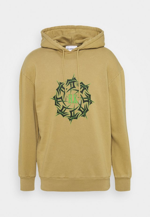 ARTWORK HOODIE - Kapuzenpullover - faded tan