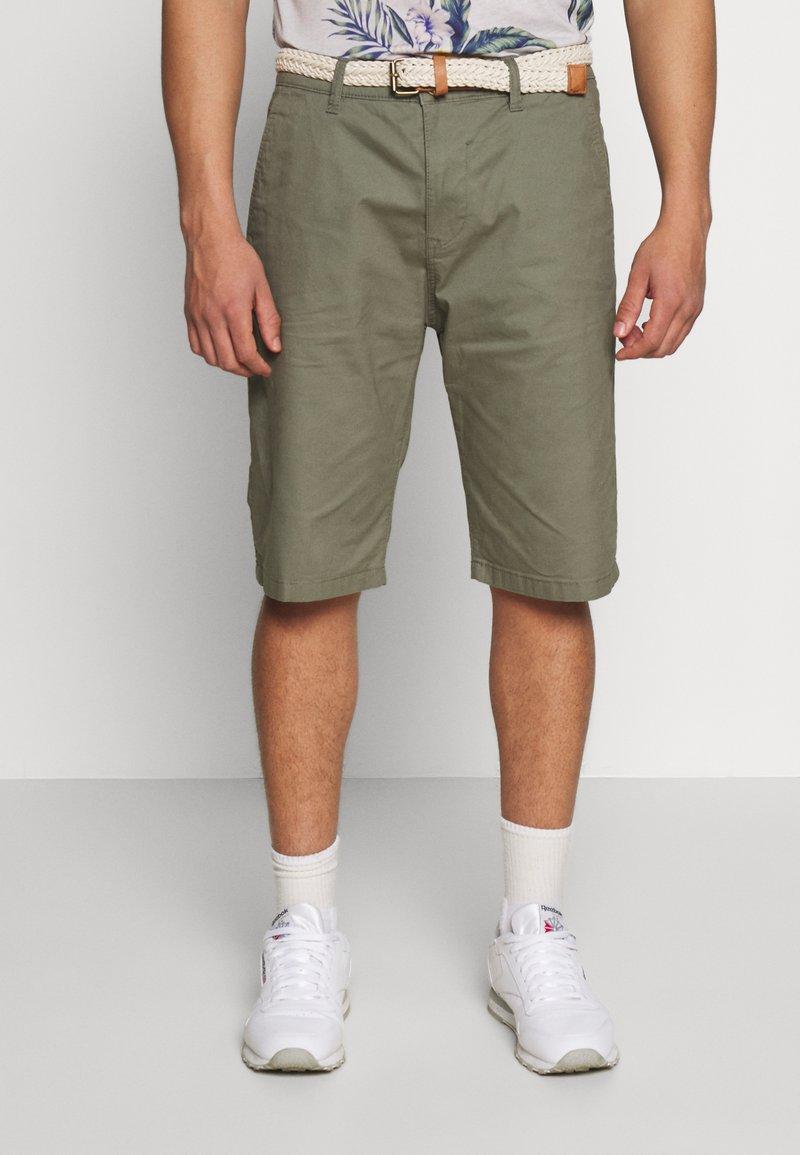 Esprit - Shorts - dusty green