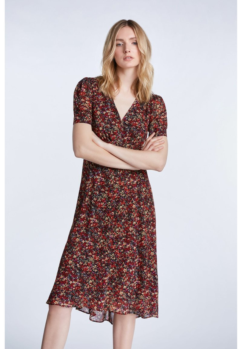 SET - TAILLIERTES - Day dress - black red