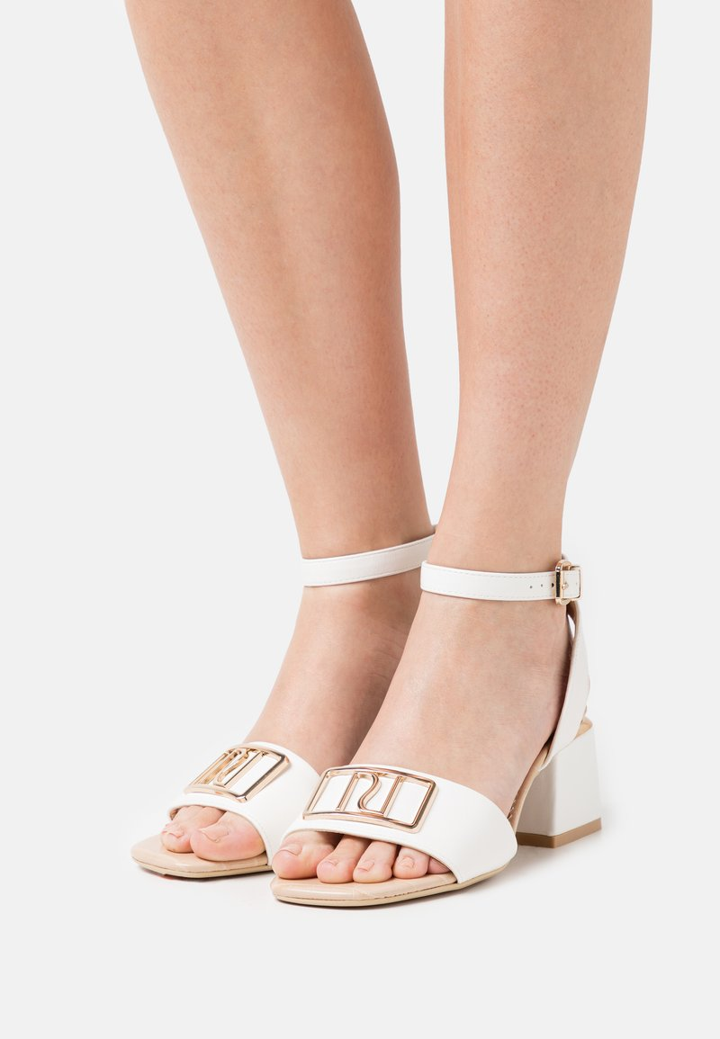 River Island Wide Fit - Sandals - white