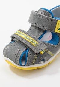 Superfit - FREDDY - Sandals - grau - 5