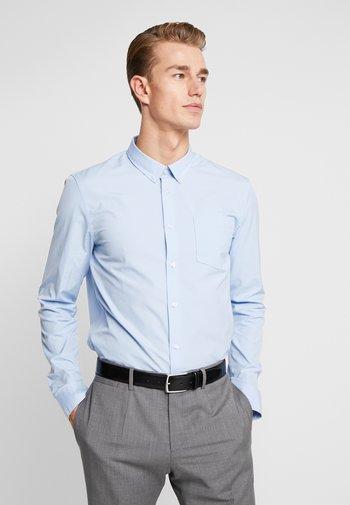 2 PACK - Camicia elegante - white/light blue