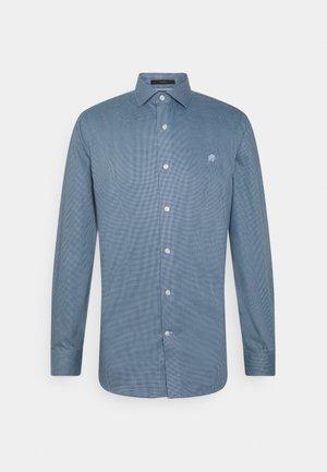 DOBBY - Formal shirt - elysian blue