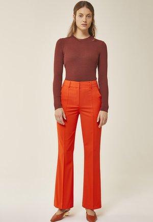 Trousers - mandarin red