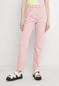 Tommy Jeans - MOM ULTRA - Relaxed fit jeans - pink daisy - 0