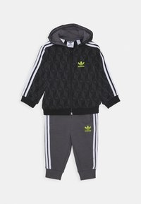 adidas Originals - HOODIE PACK SPORTS INSPIRED TRACKSUIT UNISEX - Survêtement - black/grey five/white - 0