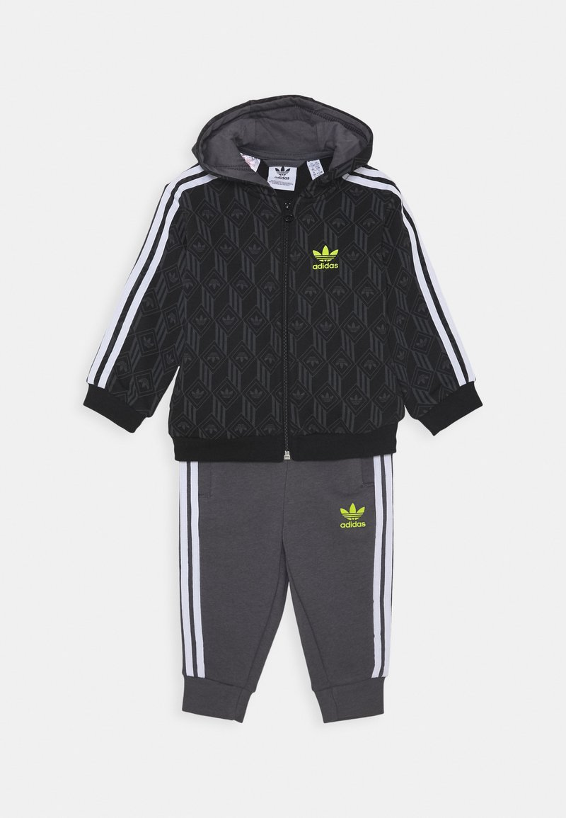 adidas Originals - HOODIE PACK SPORTS INSPIRED TRACKSUIT UNISEX - Dres - black/grey five/white