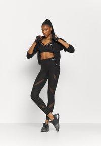 Puma - PAMELA REIF X PUMA FULL ZIP HOODIE - Zip-up hoodie - black - 1
