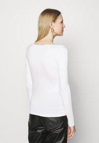 Anna Field - Langærmede T-shirts - white - 2