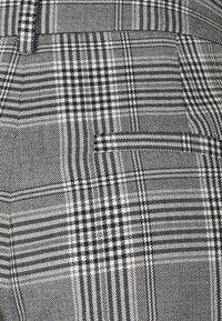 Forever New - TAMARA KICK  - Kalhoty - grey - 2