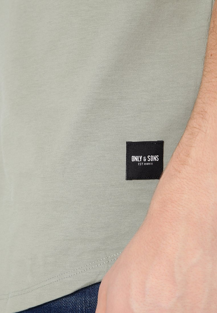 Only & Sons ONSMATT LONGY TEE - Basic T-shirt - seagrass 9gWEJ