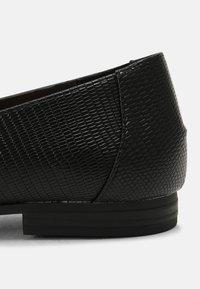 Head over Heels by Dune - GAHAD - Instappers - black - 5