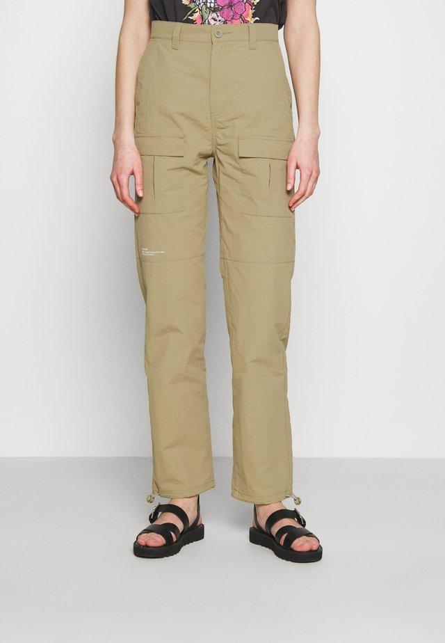 MAGGIE - Pantalon classique - green agate
