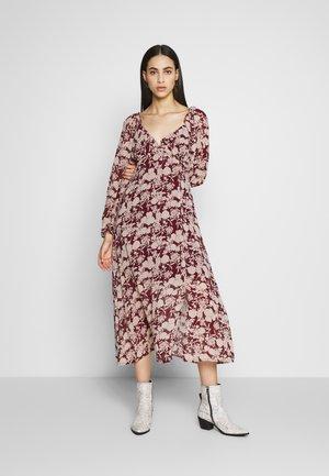 FLORAL MILKMAID MIDAXI DRESS - Kjole - burgundy