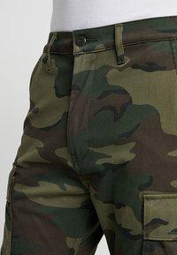 Levi's® - TAPERED CARGO - Pantaloni cargo - khaki - 3