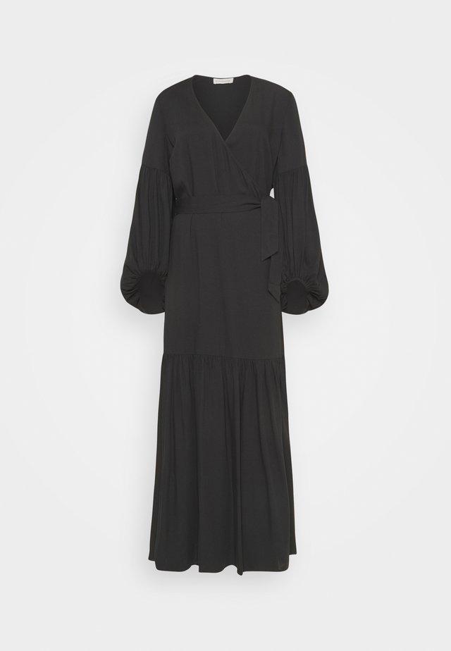 FRILLA - Vestito lungo - black